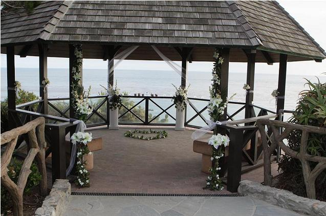 Laguna Beach Gazebo Wedding In Heisler Park